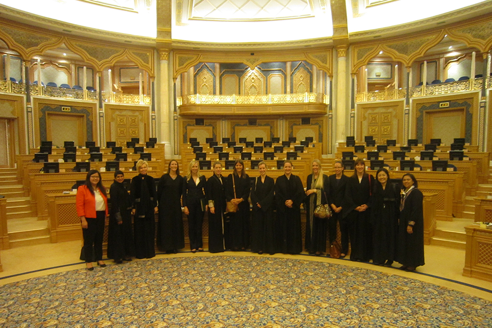 各国外交官とサウジ諮問評議会訪問